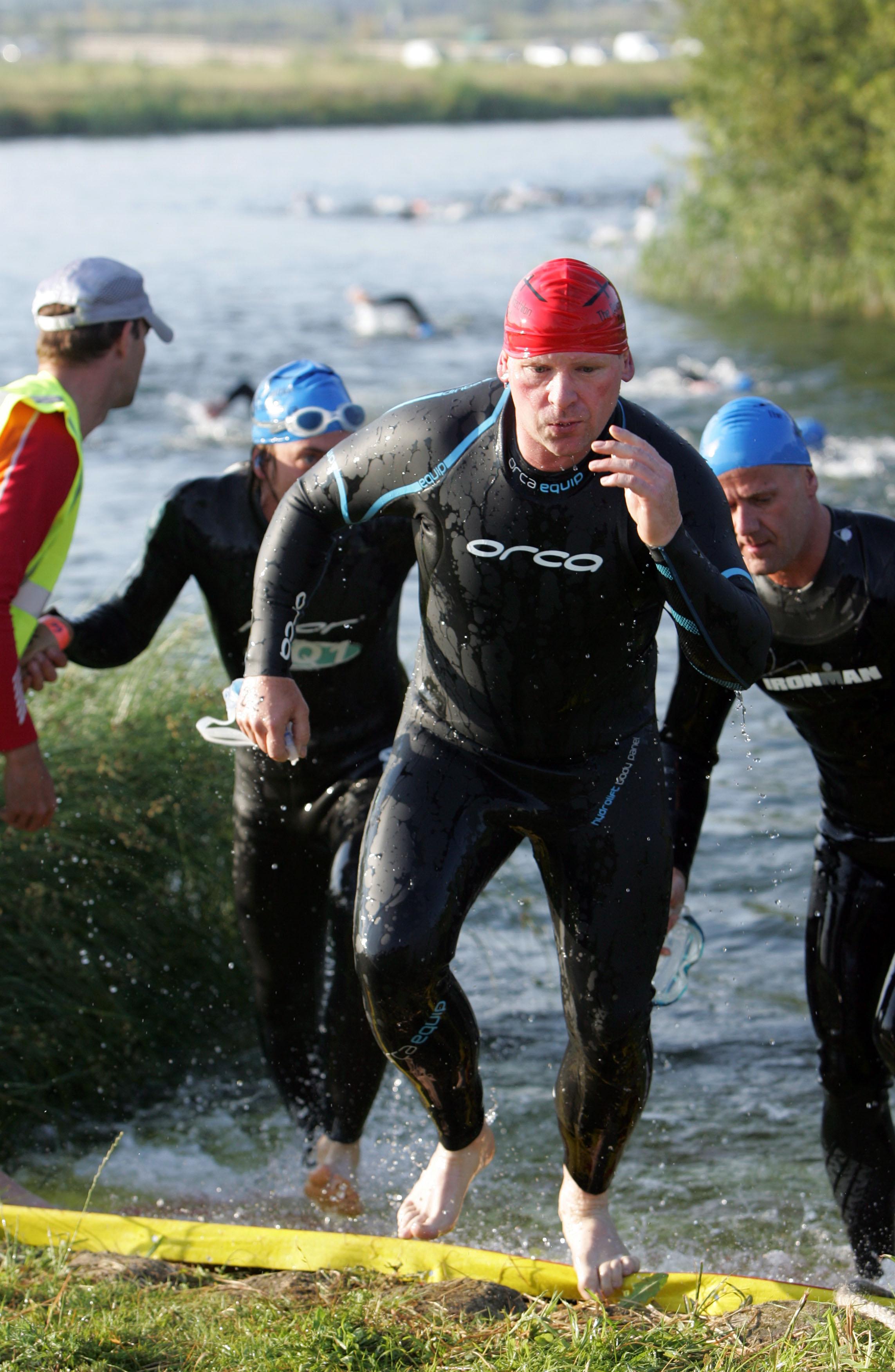 The Bridge Triathlon, Dartford. 27.6.10COPYRIGHT RICHARD EATON